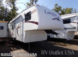 Used 2005  Keystone Laredo 29BH by Keystone from RV Outlet USA in Ringgold, VA