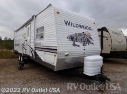 Used 2008  Forest River Wildwood 30BHBS by Forest River from RV Outlet USA in Ringgold, VA