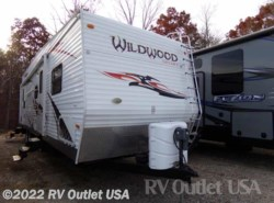 Used 2011  Forest River Wildwood 29FBSRV by Forest River from RV Outlet USA in Ringgold, VA