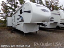 Used 2010  Keystone Montana Mountaineer 326RLT by Keystone from RV Outlet USA in Ringgold, VA