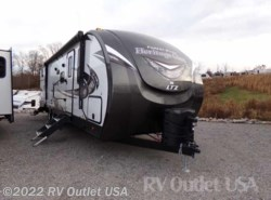New 2018  Forest River Wildwood Heritage Glen 312QBUD by Forest River from RV Outlet USA in Ringgold, VA