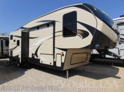 New 2018  Keystone Cougar Half-Ton 27RLS by Keystone from RV Outlet USA in Ringgold, VA