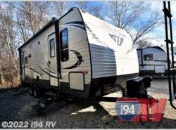 Used 2017  Keystone Hideout 252LHS by Keystone from i94 RV in Wadsworth, IL
