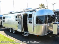 Used 2018 Airstream Classic 30RB available in Milwaukie, Oregon