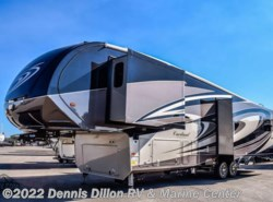 New 2018  Forest River Cardinal 3456Rl by Forest River from Dennis Dillon RV & Marine Center in Boise, ID