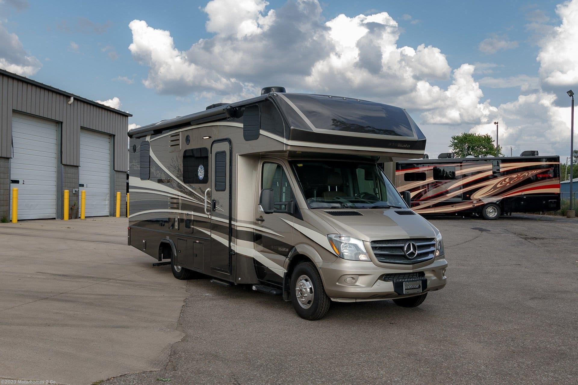 2019 Dynamax Corp RV Isata 3 24CBM for Sale in Grand Rapids, MI 49548 |  35179