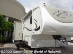 Used 2014 CrossRoads Zinger Reserve 28RL available in Nokomis, Florida