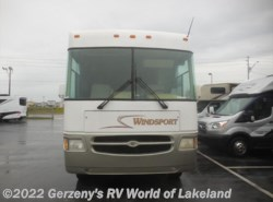 Used 2000  Thor  Fourwinds by Thor from Gerzeny's RV World of Lakeland in Lakeland, FL