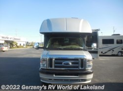 Used 2009  Dynamax Corp  DYNMAX by Dynamax Corp from Gerzeny's RV World of Lakeland in Lakeland, FL