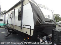 New 2018  Cruiser RV Radiance ULTRA LITE by Cruiser RV from Gerzeny's RV World of Lakeland in Lakeland, FL