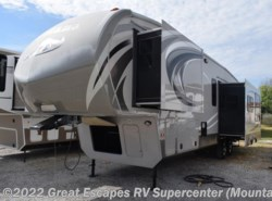 Used 2013  Keystone Montana High Country 303RK by Keystone from Great Escapes RV Center in Gassville, AR