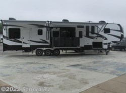 New 2017  Dutchmen Voltage 4155 by Dutchmen from Safford RV in Thornburg, VA