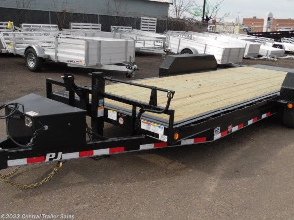 2021 PJ Trailers Tilt available in East Bethel, MN