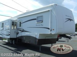 Used 2005  Newmar Kountry Star 34BLSK by Newmar from Shady Maple RV in East Earl, PA