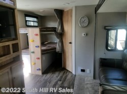New 2018  Coachmen Freedom Express 287BHDS by Coachmen from South Hill RV Sales in Puyallup, WA