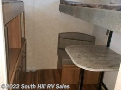 New 2018  Coachmen Catalina 301BHSCK by Coachmen from South Hill RV Sales in Puyallup, WA