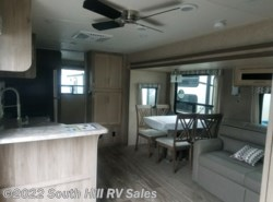 New 2019 Coachmen Catalina Destination 40BHTS available in Puyallup, Washington