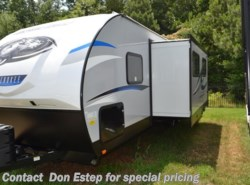 New 2019  Forest River Cherokee Alpha Wolf 26DBH by Forest River from Southaven RV - Sales Dept in Southaven, MS