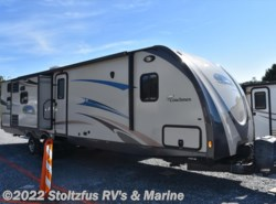 Used 2013  Coachmen Freedom Express 320 BHDS by Coachmen from Stoltzfus RV's & Marine in West Chester, PA