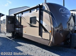 Used 2015  Keystone Cougar 33 RES by Keystone from Stoltzfus RV's & Marine in West Chester, PA