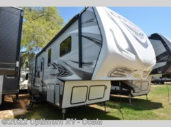 New 2017  Keystone Carbon 337 by Keystone from Optimum RV in Ocala, FL
