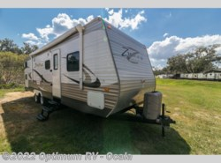 Used 2015  CrossRoads Zinger ZT32QB by CrossRoads from Optimum RV in Ocala, FL