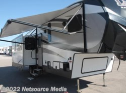 New 2016  Keystone Laredo Super Lite 297SRE