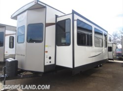 New 2017  Forest River Salem 4102BFK by Forest River from Ted's RV Land in Paynesville, MN