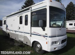 Used 2003  Winnebago Sightseer 30 by Winnebago from Ted's RV Land in Paynesville, MN