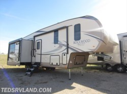 New 2018  Forest River Rockwood Signature Ultra Lite 8299BS by Forest River from Ted's RV Land in Paynesville, MN