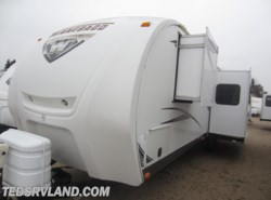 Used 2013  Winnebago ONE 32BH by Winnebago from Ted's RV Land in Paynesville, MN