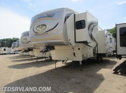 New 2018  Palomino Columbus Compass 298RLC by Palomino from Ted's RV Land in Paynesville, MN