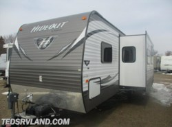 Used 2015  Keystone Hideout 31RBDS by Keystone from Ted's RV Land in Paynesville, MN