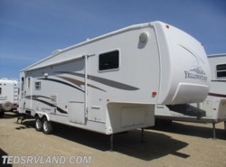 Used 2004  Gulf Stream Yellowstone 29FBW by Gulf Stream from Ted's RV Land in Paynesville, MN