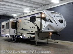 New 2017  Coachmen Chaparral 336TSIK by Coachmen from TerryTown RV Superstore in Grand Rapids, MI