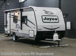 New 2017  Jayco Jay Flight SLX 195RB by Jayco from TerryTown RV Superstore in Grand Rapids, MI