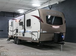 New 2017  Forest River Rockwood Ultra Lite 2606WS by Forest River from TerryTown RV Superstore in Grand Rapids, MI