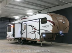 New 2017  Forest River Rockwood Signature Ultra Lite 8295WS by Forest River from TerryTown RV Superstore in Grand Rapids, MI