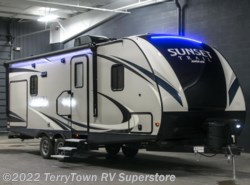 New 2017  CrossRoads Sunset Trail Super Lite 222RB by CrossRoads from TerryTown RV Superstore in Grand Rapids, MI