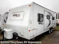Used 2011  Forest River Rockwood Mini Lite 2502S by Forest River from TerryTown RV Superstore in Grand Rapids, MI