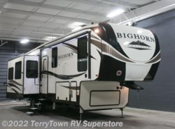 New 2018  Heartland RV Bighorn Traveler 32RS by Heartland RV from TerryTown RV Superstore in Grand Rapids, MI