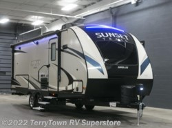 New 2018  CrossRoads Sunset Trail Super Lite 210FK by CrossRoads from TerryTown RV Superstore in Grand Rapids, MI