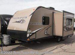 Used 2014  Heartland RV Wilderness 2175rb