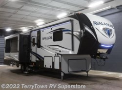 New 2018  Keystone Avalanche 320RS by Keystone from TerryTown RV Superstore in Grand Rapids, MI