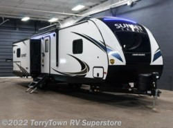 New 2018  CrossRoads Sunset Trail Grand Reserve 33CK by CrossRoads from TerryTown RV Superstore in Grand Rapids, MI