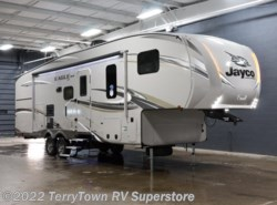 New 2018  Jayco Eagle HT 29.5BHDS by Jayco from TerryTown RV Superstore in Grand Rapids, MI