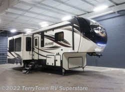 New 2018  Keystone Alpine 3401RS by Keystone from TerryTown RV Superstore in Grand Rapids, MI