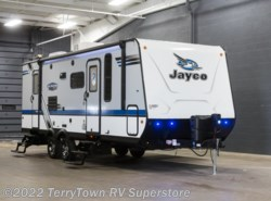 New 2018  Jayco Jay Feather 23BHM by Jayco from TerryTown RV Superstore in Grand Rapids, MI