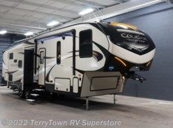 New 2018  Keystone Cougar Half Ton 32DBH by Keystone from TerryTown RV Superstore in Grand Rapids, MI
