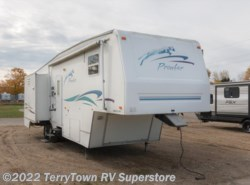 Used 2000  Fleetwood Prowler 32SF by Fleetwood from TerryTown RV Superstore in Grand Rapids, MI